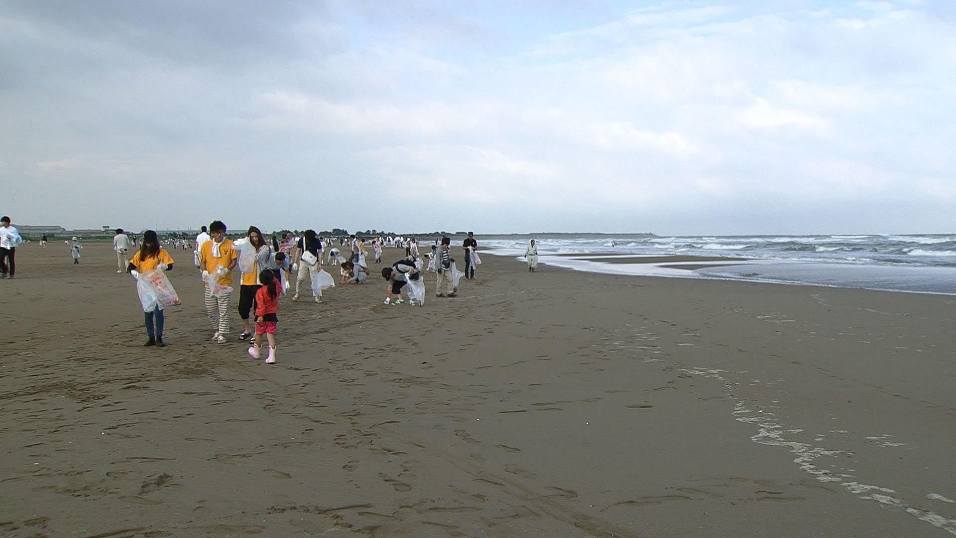 #6内灘海岸の清掃